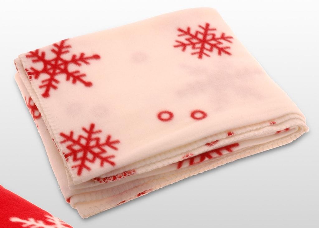 Home collection Vánoční fleecová deka 130x160cm bílá s červenými motivy