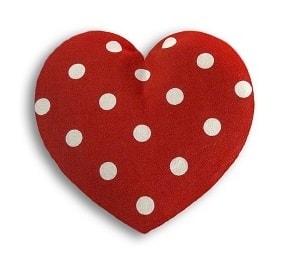Leschi Hřející polštářek srdíčko malé 14x14cm červená s puntíky