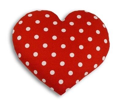 Leschi Hřející polštářek srdíčko velké 22x22cm červená s puntíky